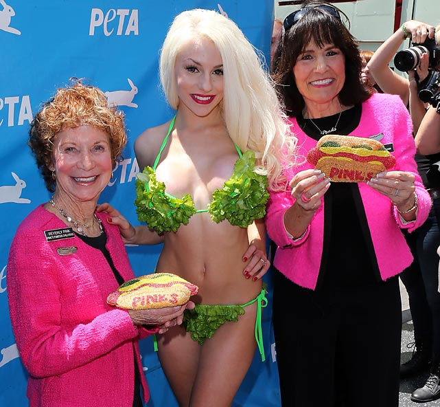 Meanwhile, out there in Hollywood, the beloved TV personality modeled the latest in edible swimwear -- a lettuce bikini -- much to the delight of Beverly Pink (left) and Gloria Pink (no relation to Mr. Pink of <italics>Reservoir Dogs</italics> fame).