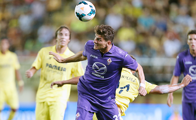 Mario Gomez will lead Fiorentina into Switzerland to face Grasshoppers in the Europa League playoffs.