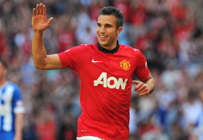 Robin Van Persie scored in the sixth and 59th minutes to help Man U blank Wigan.
