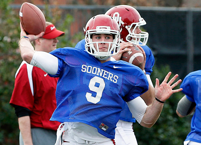 Redshirt freshman quarterback Trevor Knight (9) beat out Blake Bell to start for Oklahoma entering '13.