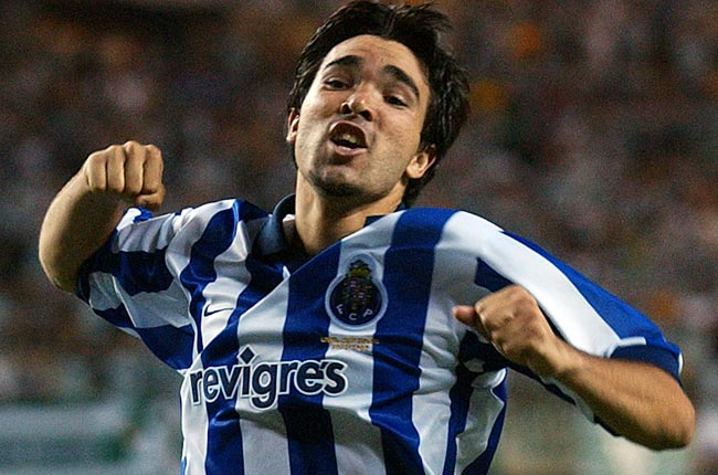 Deco celebrates after winning the 2003 UEFA Cup with Porto.