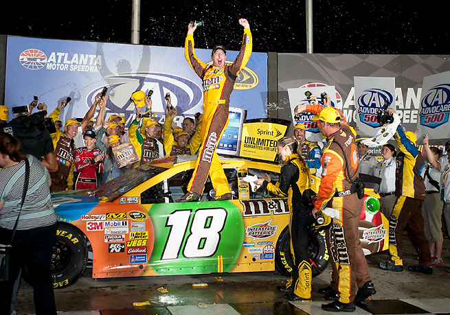 Kyle Busch took a critical pit stop with 35 laps to go that helped secure his win on Sunday.