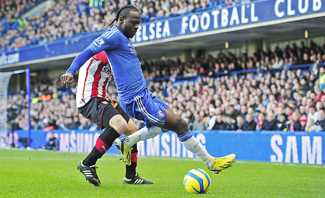 Victor Moses will move from Stamford Bridge to Anfield on loan in a deadline day move by Liverpool.