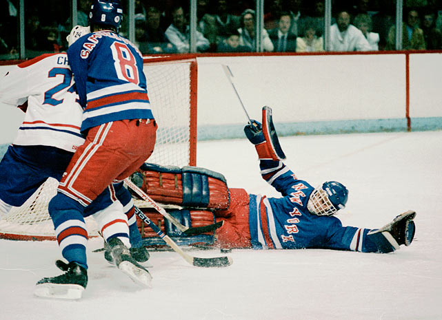 Vanbiesbrouck denies future Hall of Famer Chris Chelios of the Montreal Canadiens. During his tenure with the Broadway Blueshirts, Beezer won the 1985-86 Vezina Trophy as the NHL's top netminder.