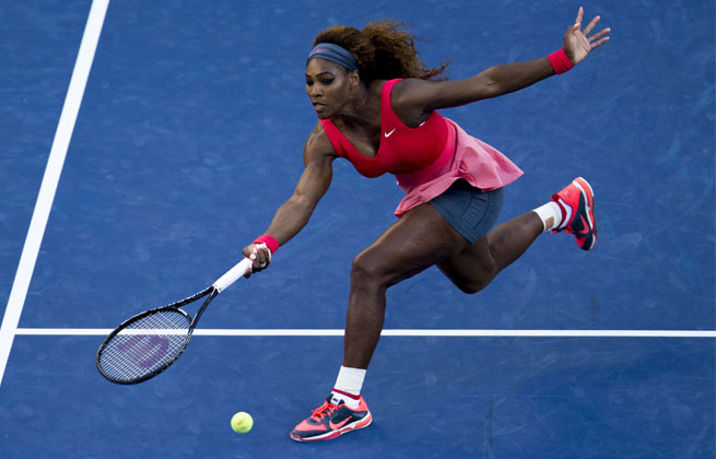 After losing the second set, 6-7, Serena Williams finished off Victoria Azarenka 6-1 in the third for the championship.
