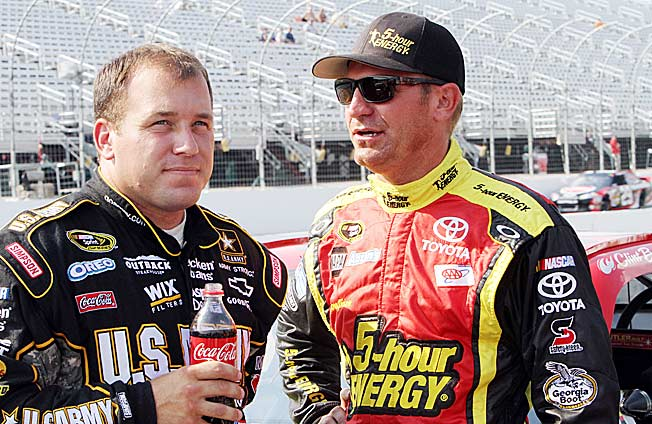 Clint Bowyer (right) has apologized to Ryan Newman (left) for nearly costing him a Chase berth.