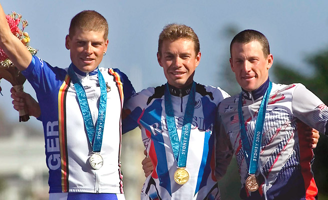 Lance Armstrong returned his time-trial bronze medal after the IOC stripped him of it in January.