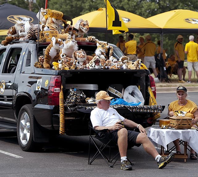 Getting stuffed at a tailgate before the start of the Missouri-Murray State title in Columbia, Mo.