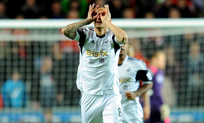 Jonjo Shelvey got a goal and an assist, but also made two critical errors to help Liverpool pull level.