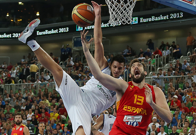 Alessandro Gentile and Italy struggled to contain Marc Gasol but were still able to beat Spain in OT.