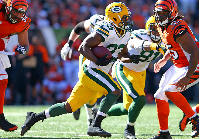 Johnathan Franklin became the second-straight Green Bay running back to rush for 100-plus yards in a game this year.