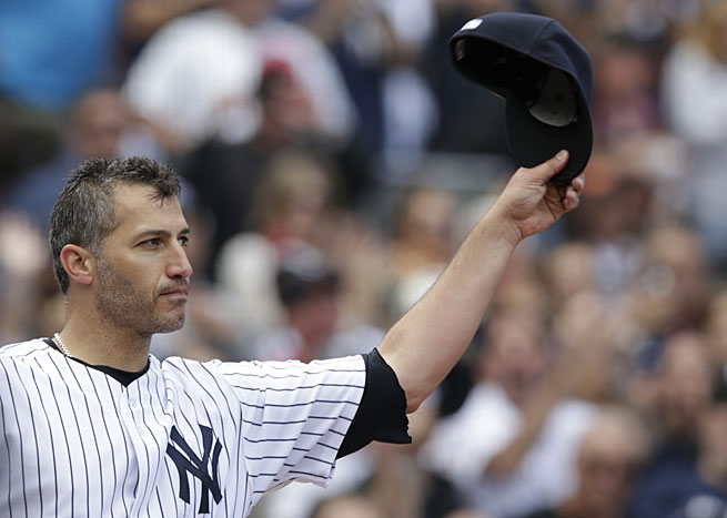 After 15 seasons in the Bronx, Andy Pettitte bid farewell to Yankees fans on Sunday afternoon.