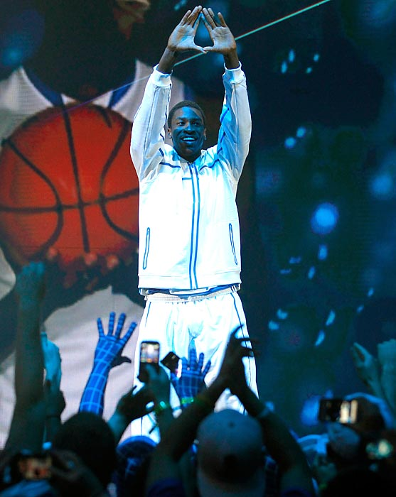 Kentucky freshman Michael Kidd-Gilchrist greets the crowd during Big Blue Madness in 2011.