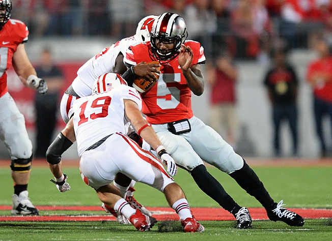 Braxton Miller (5) accounted for 281 total yards and four touchdowns in the victory over Wisconsin.
