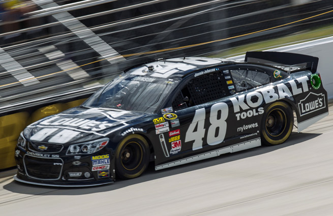 Led by Jimmie Johnson, the entire top 10 at Dover was made up of Chase drivers.