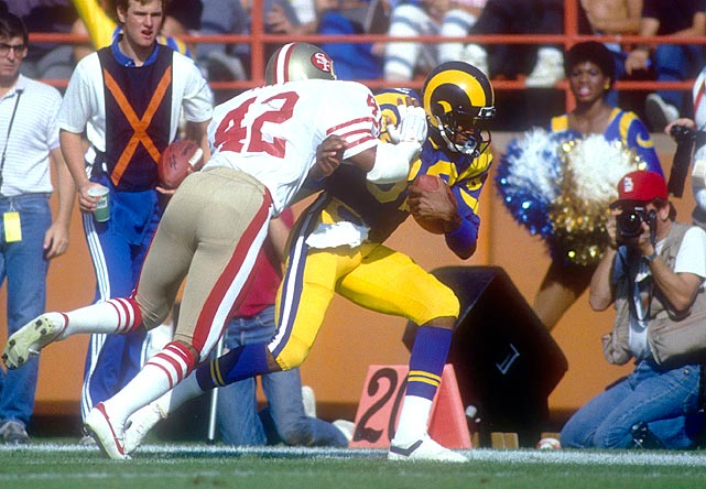 Duckworth was a wide receiver in the NFL from 1982-1986. In his career with the San Diego Chargers, Los Angeles Rams and Philadelphia Eagles, he caught 82 passes for 1,784 yards and 13 touchdowns.