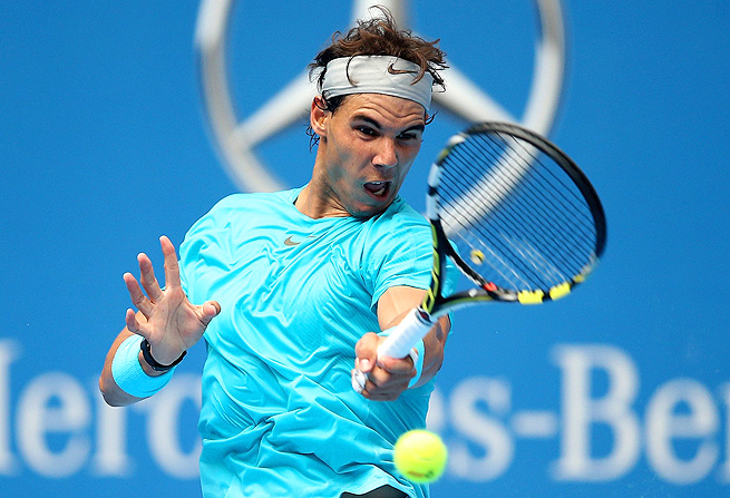 Rafael Nadal lost the opening set, but rallied for a 2-6, 6-4, 6-1 win over Fabio Fognini.