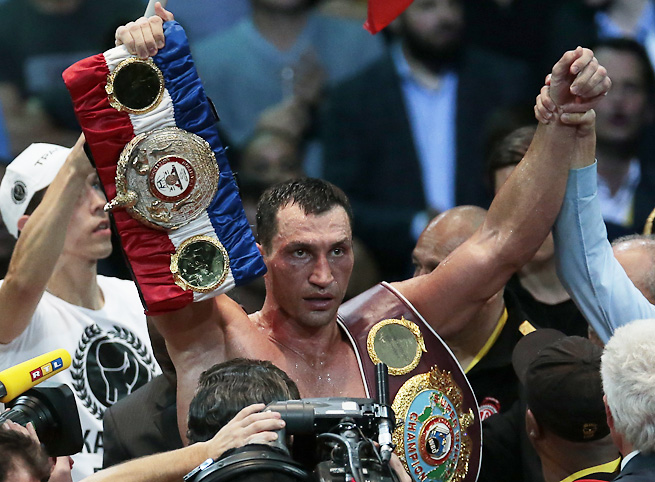 Wladimir Klitschko battered the previously undefeated Alexander Potevkin to retain his belt.