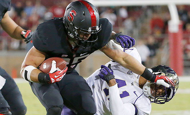 Stanford running back Tyler Gaffney rushed for 72 yards and a touchdown in a victory over Washington.