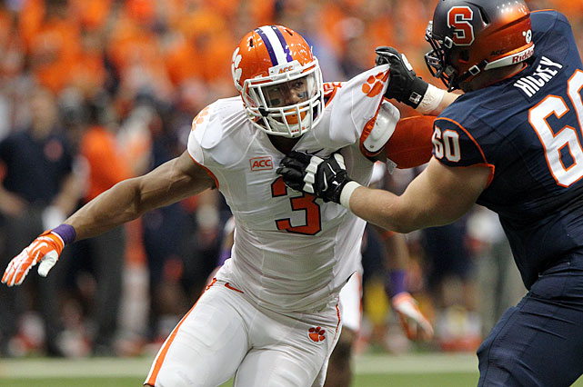 Beasley leads the nation with nine sacks in 2013, including three in a win at NC State.