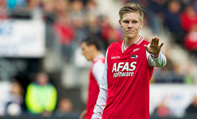 Aron Johannsson scored twice and helped set up another for AZ Alkmaar on Sunday.