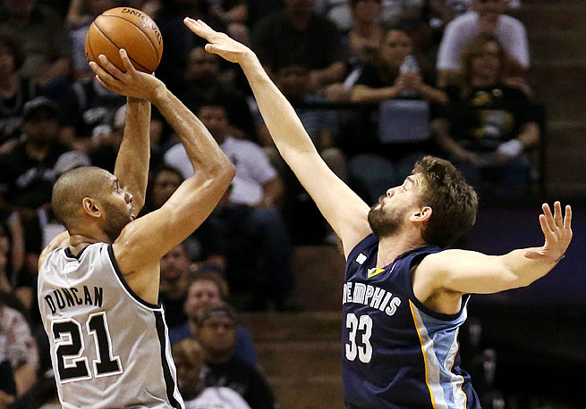 Grizzlies center Marc Gasol (right) was the NBA's Defensive Player of the Year last season.