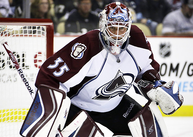 Jean-Sébastien Giguère stopped 34 shots to record a shutout against the Penguins on Monday.