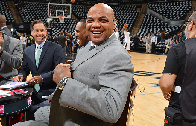 The often strong reactions of those on Twitter have prompted Charles Barkley to refrain from tweeting.