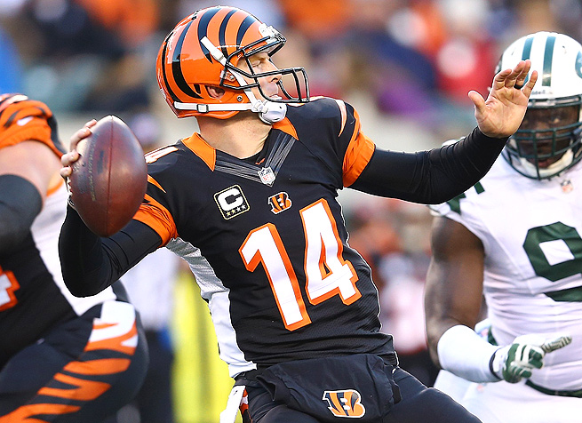The Jets couldn't hold Andy Dalton down, as he threw for 325 yards and five touchdowns.