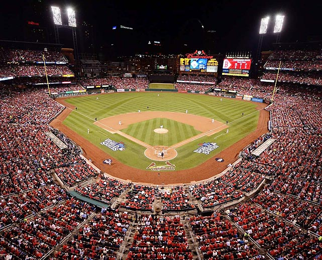 Game 4 at Busch Stadium and the place was packed.