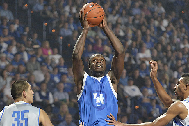 Randle scored 21 as the Blue squad cruised past the White 99-71 in Kentucky's Blue-White scrimmage.