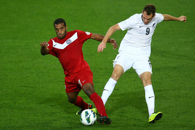 Forward Shane Smeltz (right) has been recalled to the New Zealand national team ahead of its World Cup qualifying playoff against Mexico.