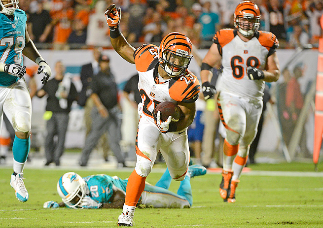 Giovani Bernard scored an incredible touchdown against the Dolphins, but only received nine carries.