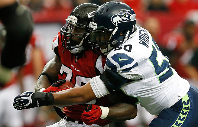 Steven Jackson has averaged 35 yards rushing and has yet to score a TD with the Falcons this season.