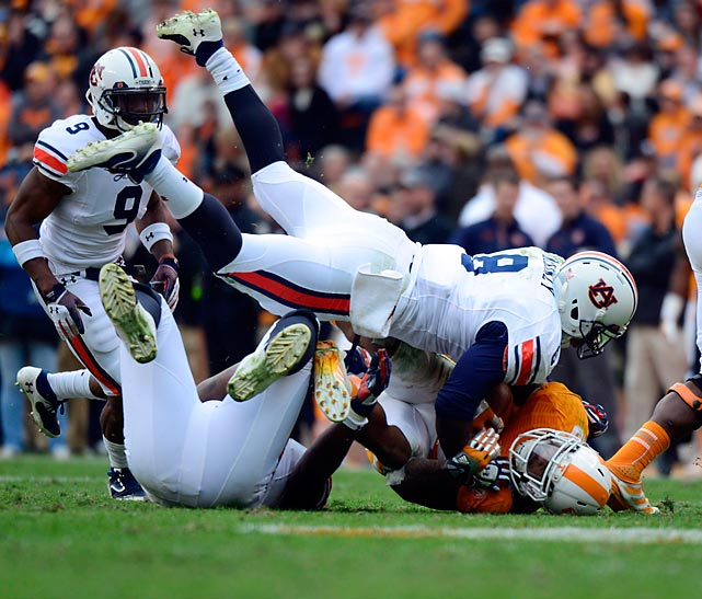 Auburn linebacker Cassanova McKinzey makes a tackle against Tennessee. The Tigers thumped the Volunteers 55-23.