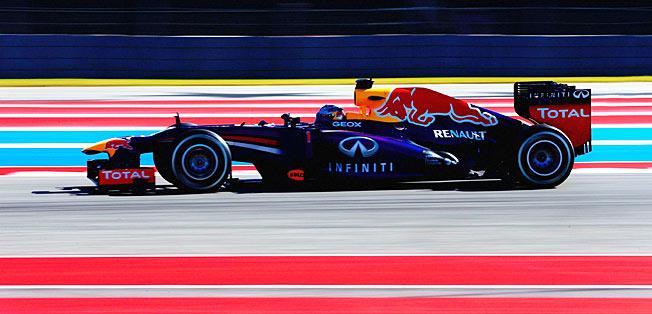 Runaway Formula One champion Sebastian Vettel shows no signs of cooling off.