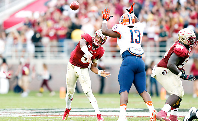 Jameis Winston showed no signs of distraction against Syracuse, completing 19 of 21 passes.
