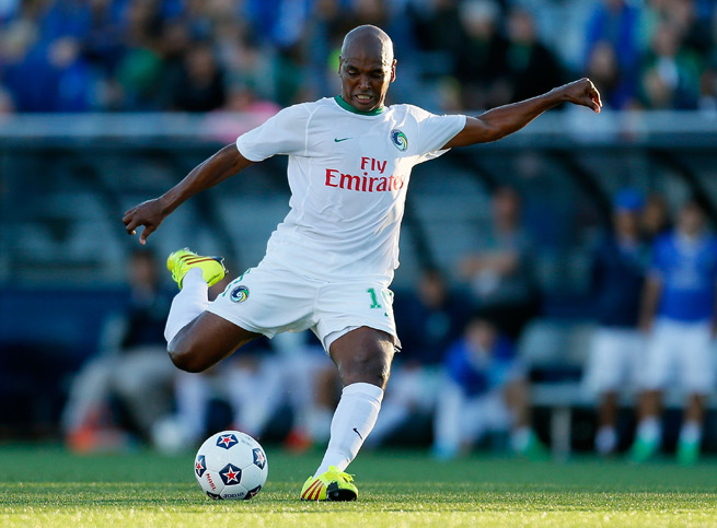 New York Cosmos and former Brazil-born Spain international Marcos Senna has backed Diego Costa, another Brazil-born player who elected to play for La Furia Roja.