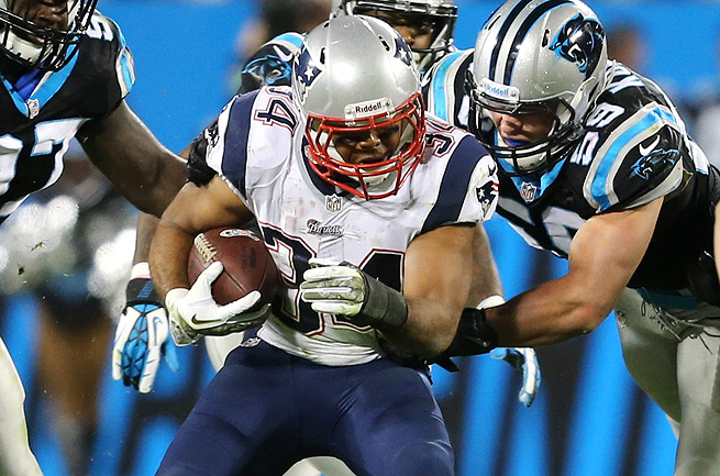 Shane Vereen caught eight passes for 65 yards in his return after breaking his wrist in Week 1.