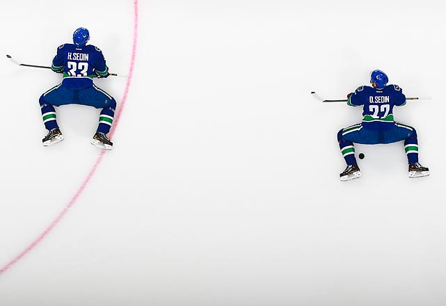 "With the Vancouver Canucks crawling along on a 3-4-3 streak, fiery coach John Tortorella is again turning into a human Mount Vesuvius. Among his recent pyrotechnics, Torts declared that his team ""sucks"" and boiled over at Jannik Hansen's deficiencies."