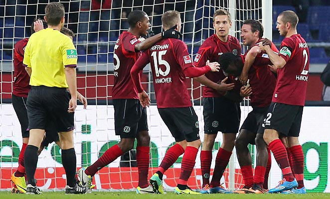 Hanover 96 got a 2-0 victory over Eintracht Frankfurt on a day when their captain Steven Cherundolo returned from injury.