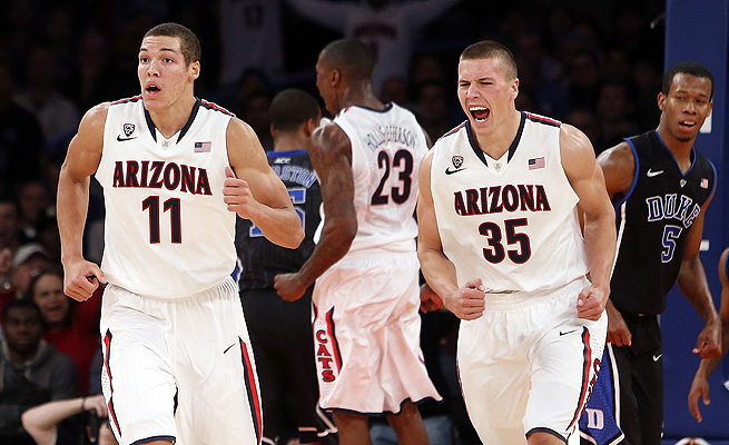 Aaron Gordon (11) and Kaleb Tarczewski (35) led Arizona to a win over Duke Friday and to No. 2 in the AP poll on Monday.