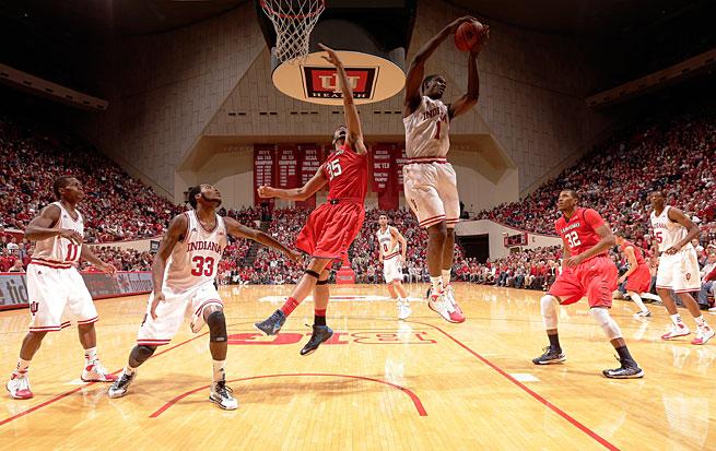 Noah Vonleh ranks second among true freshmen with 10.4 rebounds per game.