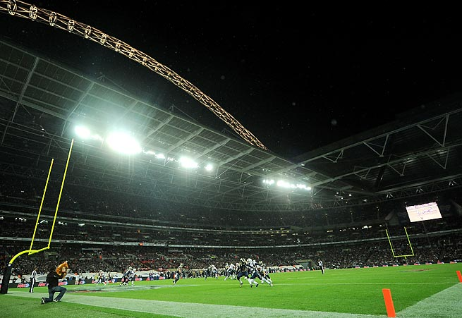The Falcons and Lions will kickoff their 2014 game in Wembley Stadium at 9:30 a.m. ET.