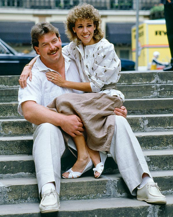 Track athlete Mary Decker and British discus thrower Richard Slaney have been married since 1985 with one daughter.