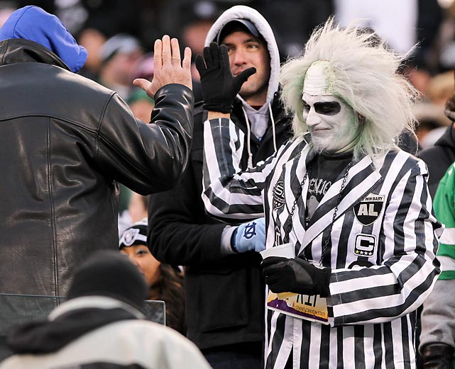 On hostile ground at MetLife Stadium in iconic East Rutherford, NJ, this fella seemed blissfully unaware that his beloved football team was being shot down by the wobbly New York Jets, 37-27.