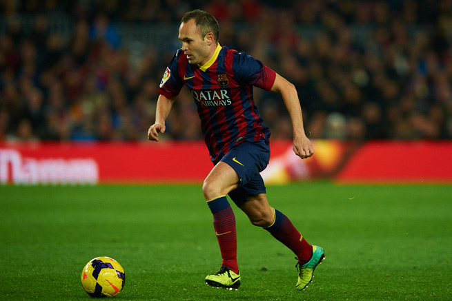 Star Spanish midfielder Andres Iniesta will remain with Barcelona for the next five seasons after signing a contract extension through 2018 on Monday.