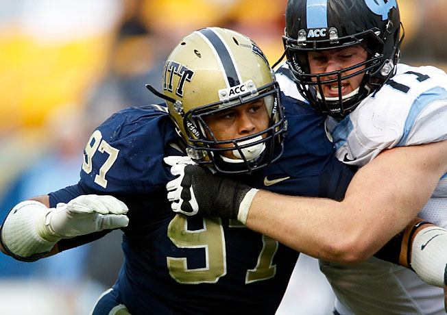 Pitt defensive tackle Aaron Donald (97) led the nation with 26.5 tackles for loss in the 2013 campaign.