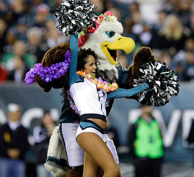 San Diego Chargers Cheerleaders Pictures: NFL Cheerleaders: Week 16