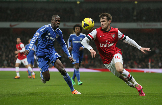 Arsenal's Aaron Ramsey tries to get by Chelsea's Ramires in Monday's 0-0 draw in London.